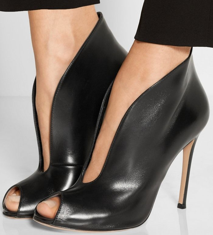 GIANVITO ROSSI Vamp 105 velvet and leather heeled ankle boots Black - I6501