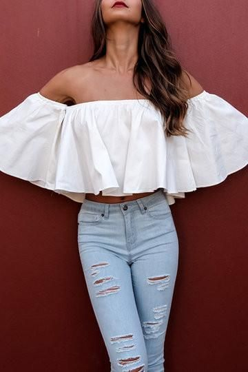 f4739d5ef0e1ca ... off the shoulder - 3 4 Length bell sleeved - Ruffled details - Crop  length - Loose fit - Hand wash - Main  100% Polyester - Package Content  1    Top