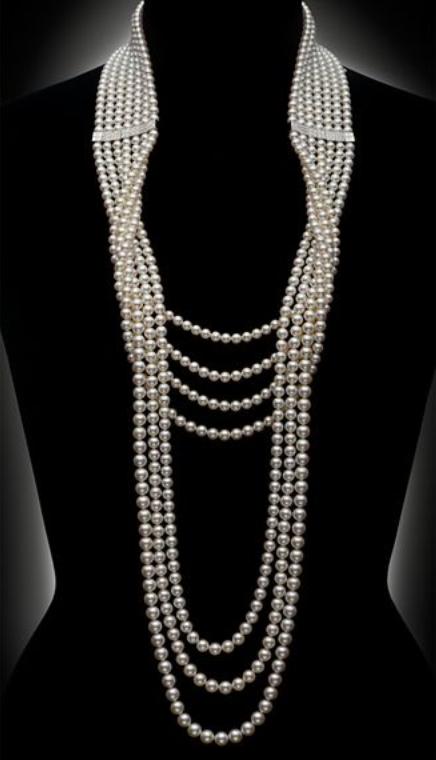 e064631fbb1 Mikimoto diamond and pearl necklace. Collier Bleu