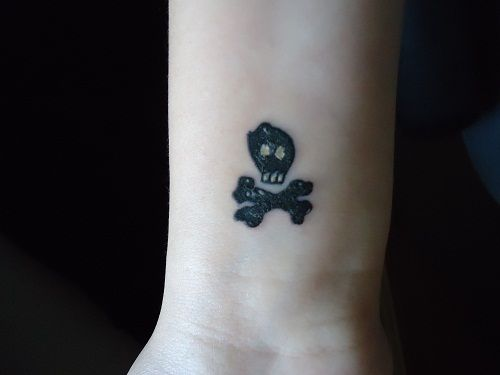 All time low on pinterest all time low alex o 39 loughlin for All time low tattoo