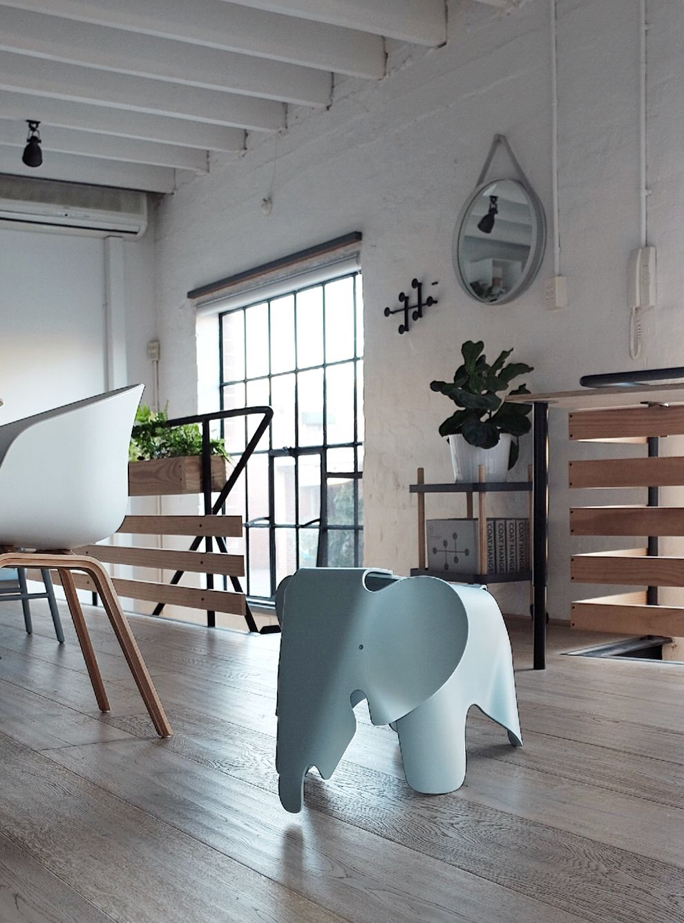 Vitra Olifant Can We Please Talk About The Elephant In The Room The Vitra Eames