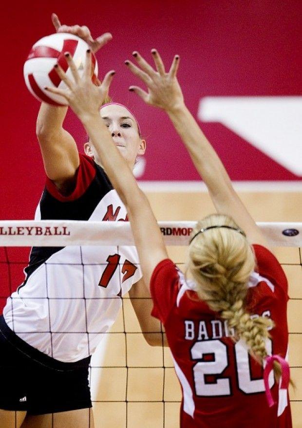 Photos Nebraska Volleyball Vs Wisconsin 10 12 12 Gallery Female Volleyball Players Nebraska Badger Volleyball