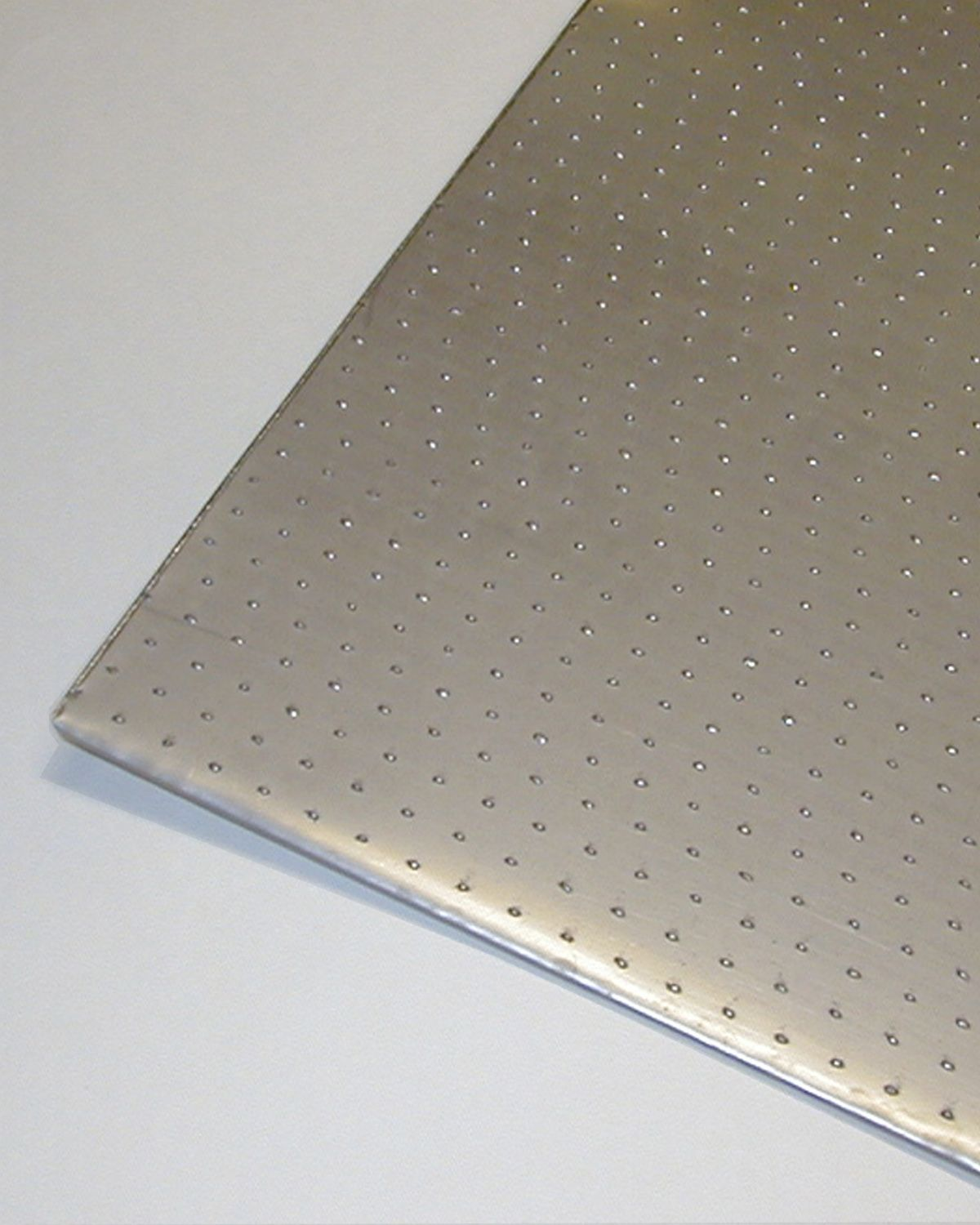 Algrip Slip Resistant Floor Plate Available In Stainless Carbon And Aluminum And In Thickness Ranges From 1 8 1 1 2 Flooring Plates Aluminum