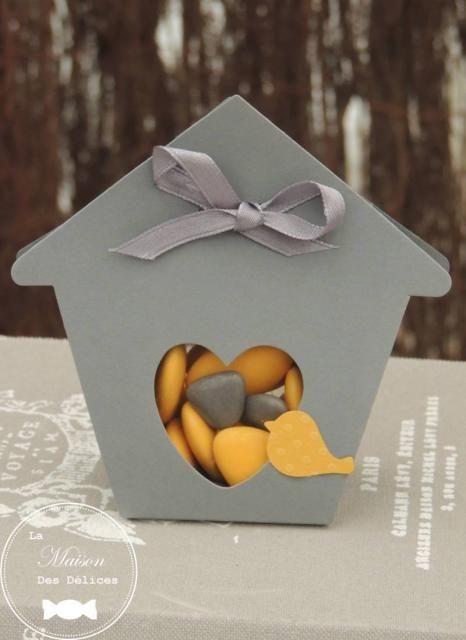 10 maisonnettes grises oiseau jaune contenants drag es. Black Bedroom Furniture Sets. Home Design Ideas