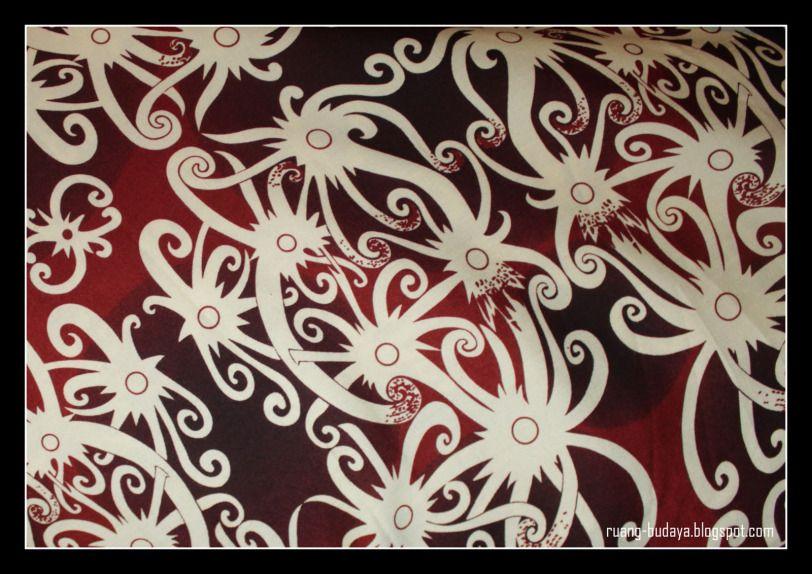 Batik Kalimantan  bermotif tenun ikat 35020b0757