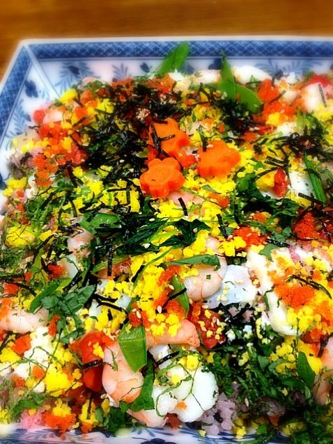 ちらし寿司とお節料理でお年取りです。 - 2件のもぐもぐ - ちらし寿司 by yuki0025