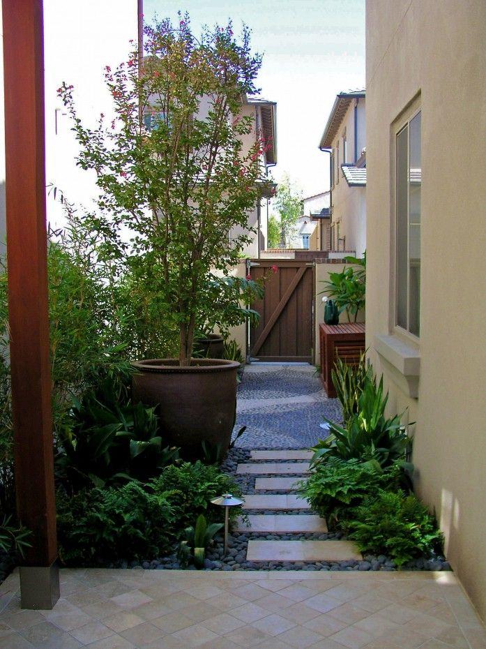 Studio H Modern Side Yard Side Yard Landscaping Landscape Design Modern Landscaping