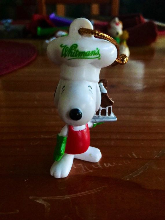 vintage peanuts ufs snoopy christmas ornament by oregontradingpost