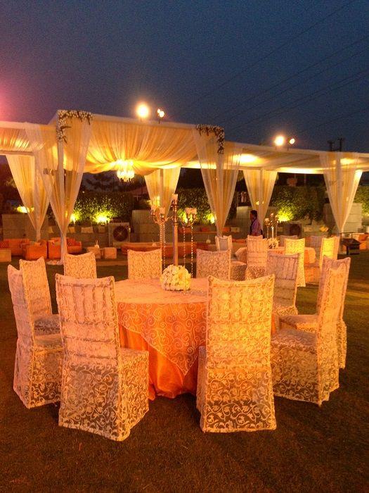 Real weddingsretro charm at rahul snigdhas lucknow wedding by yuna outdoor wedding decor india junglespirit Choice Image