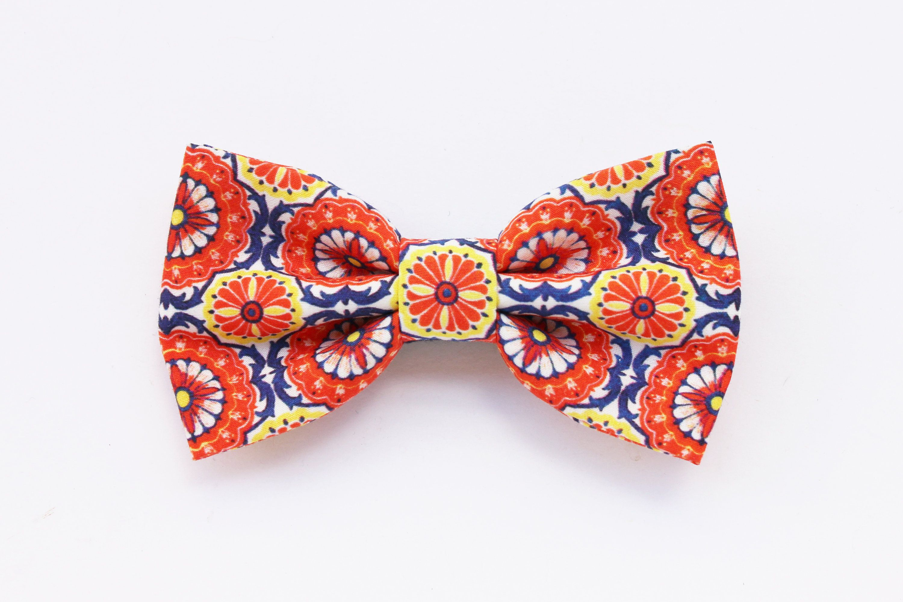 Floral print bow tie for men, majolica bow tie, tie for
