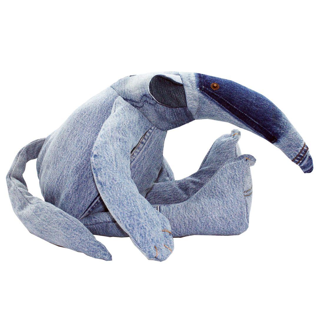 Knuffels gemaakt van oude spijkerbroeken