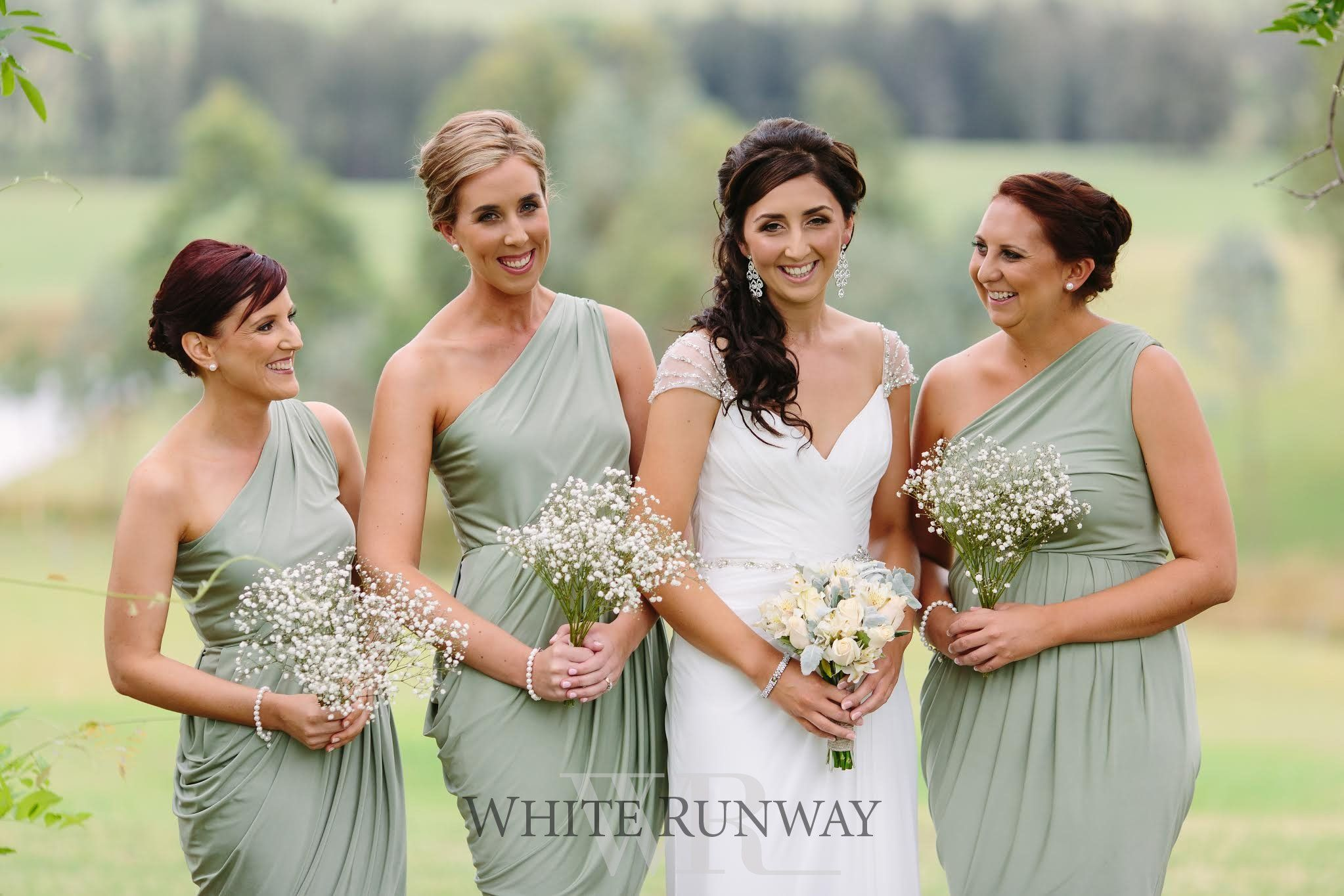 Our gorgeous bride jenna hunt chose our geneva dress by pia gladys