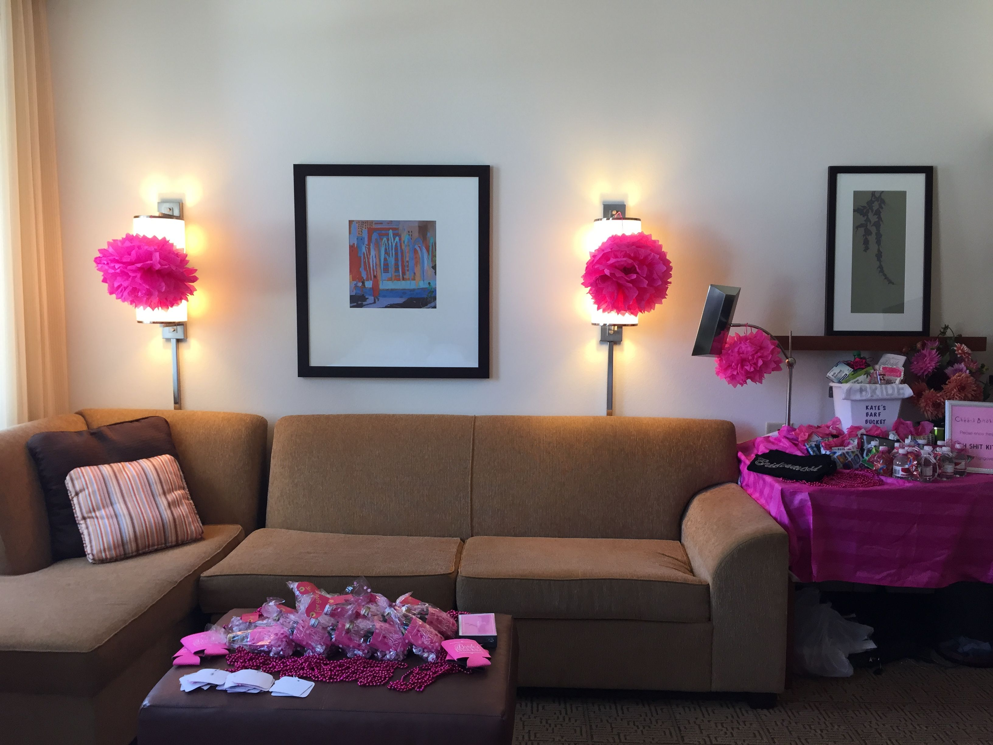 Decorating a hotel room for a Bridal Shower or Bachelorette Party ...