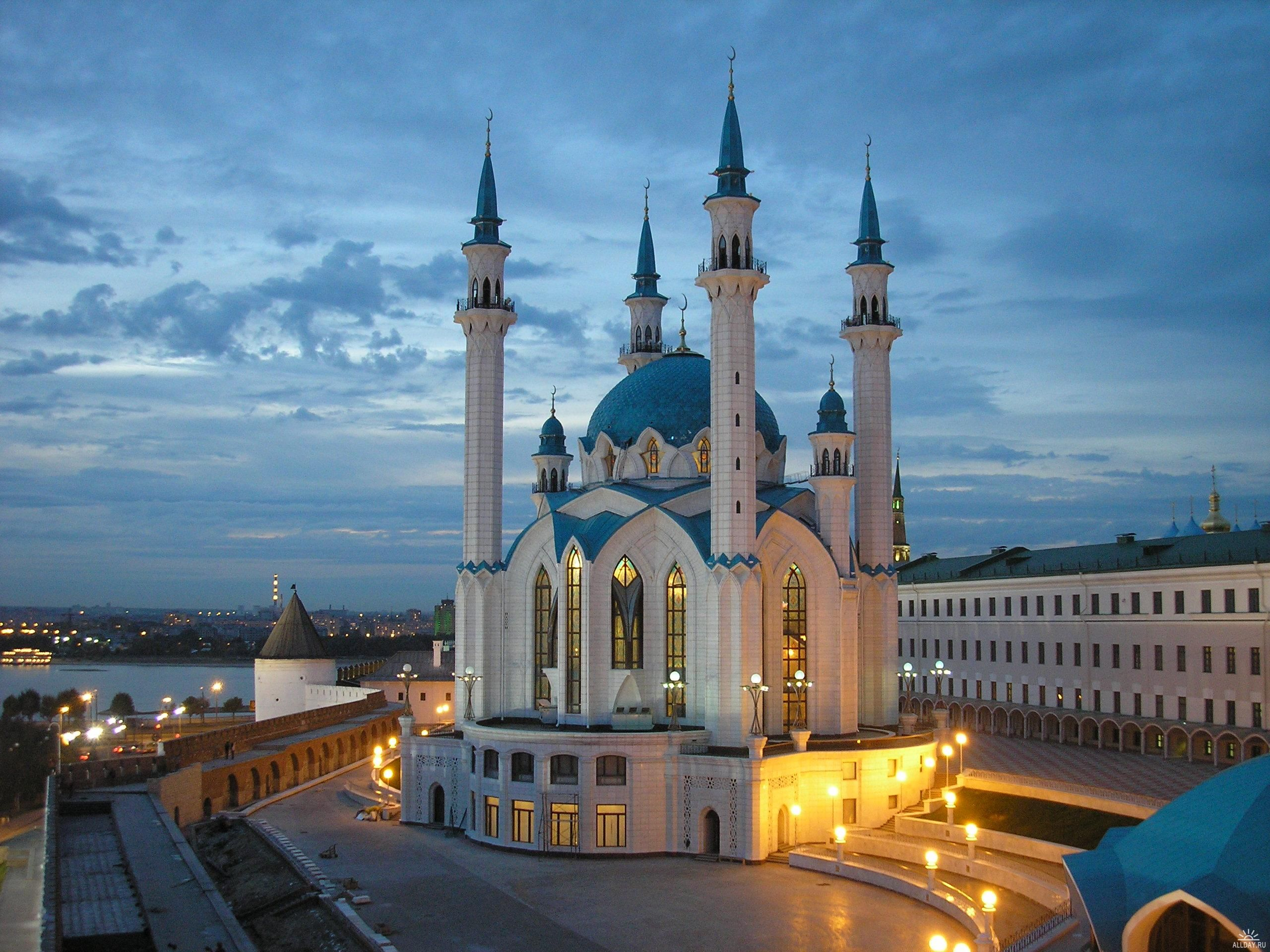R Muslimculture Kul Sharif Mosque Kazan Russia Churches Church History Historic Buildings Architec Beautiful Mosques Mosque Beautiful Places To Visit
