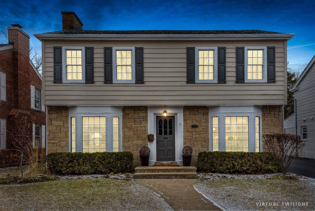 2230 Thornwood Ave Wilmette Il 60091 Zillow Thornwood House Styles Zillow