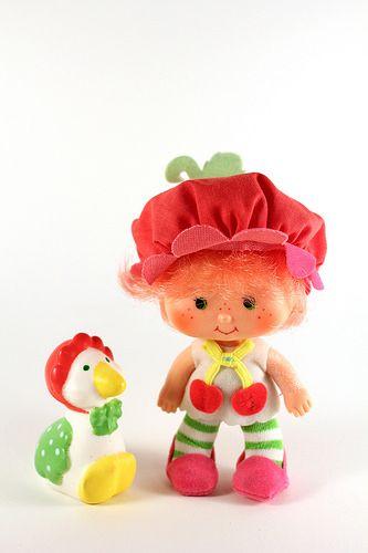 Strawberry Shortcake Dolls    Emily Erdbeer Puppe Strawberry