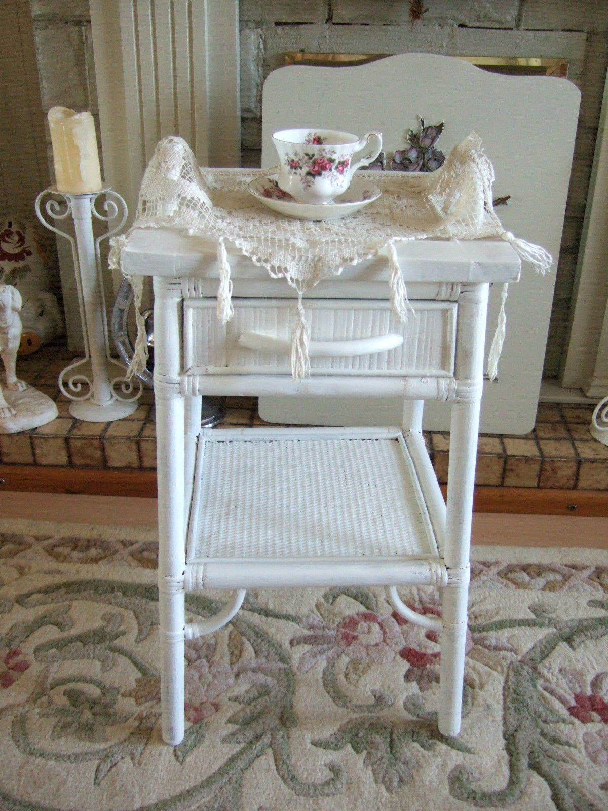UNUSUAL VINTAGE WHITE WICKER SIDE TABLE WITH DRAWER & LIFT ...
