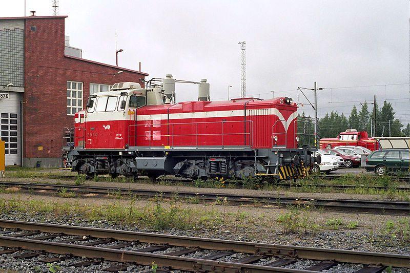 File:VR Dv12 locomotive in Tampere Aug2008 001.jpg