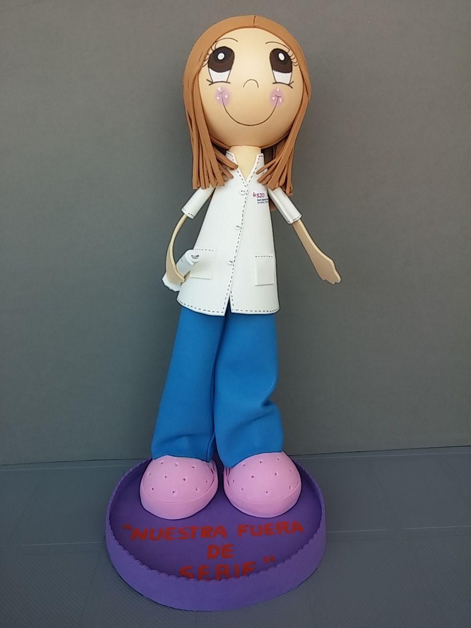Muy buenos días, esta es una de las últimas fofuchas enfermeras personalizadas que nos han encargado!