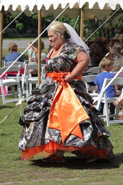 Alana Thompson Photos Photos Mama June S Wedding Camouflage Wedding Dresses Camouflage Wedding Mama June