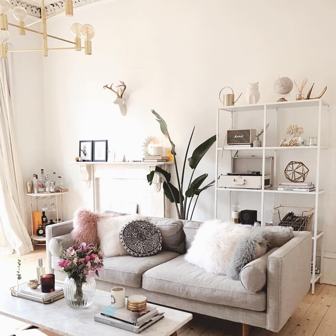 Pin by Katie Gniadek on Living room | Pinterest | Kate la vie ...