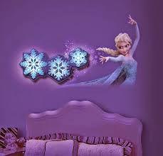 Resultado de imagem para decorando quarto frozen