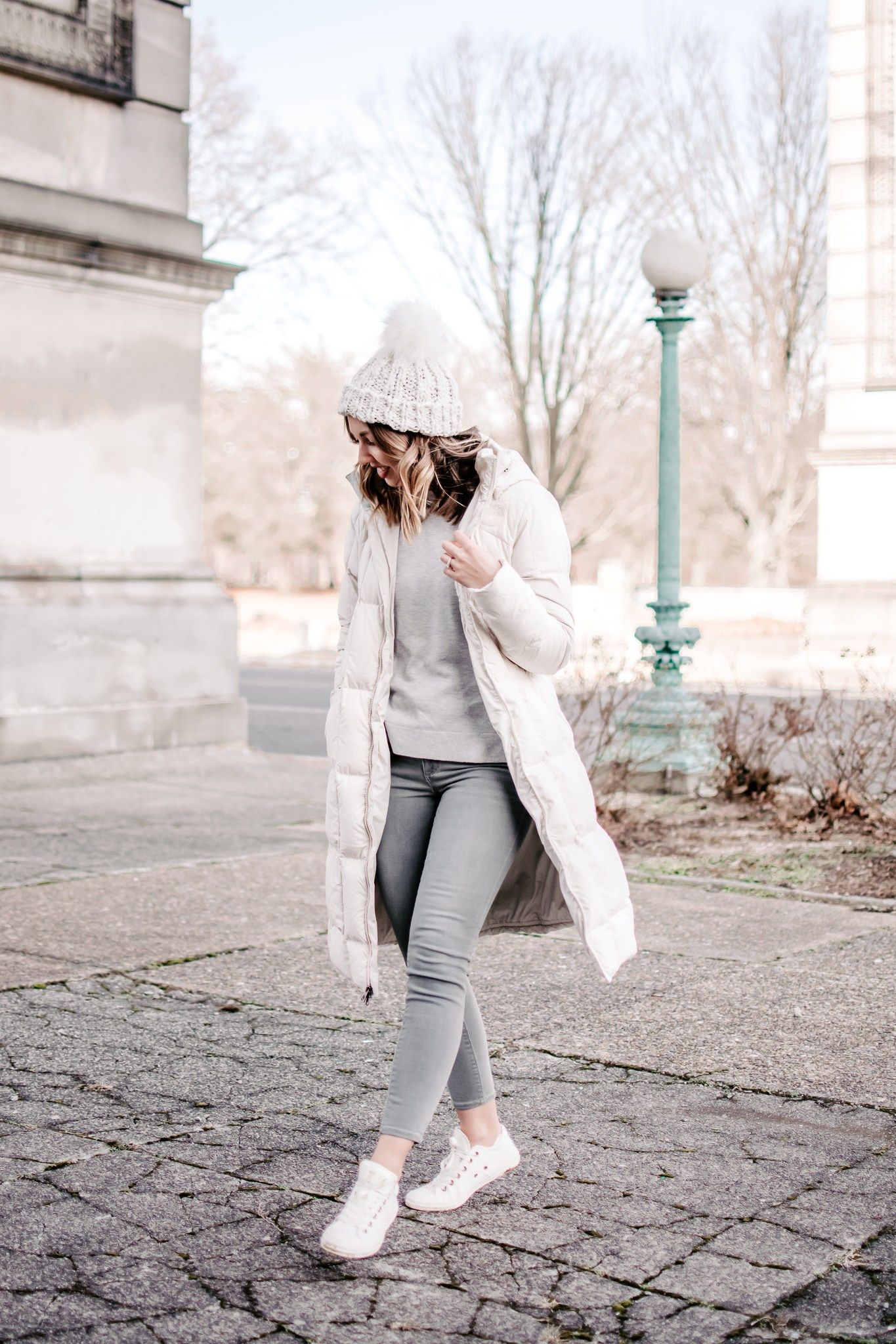White Puffer Coat Outfit Warm Winter Outfit Casual Winter Outfit Grey Jeans White Con Puffer Coat Outfit Casual Winter Outfits White Puffer Coat Outfit [ 2048 x 1365 Pixel ]