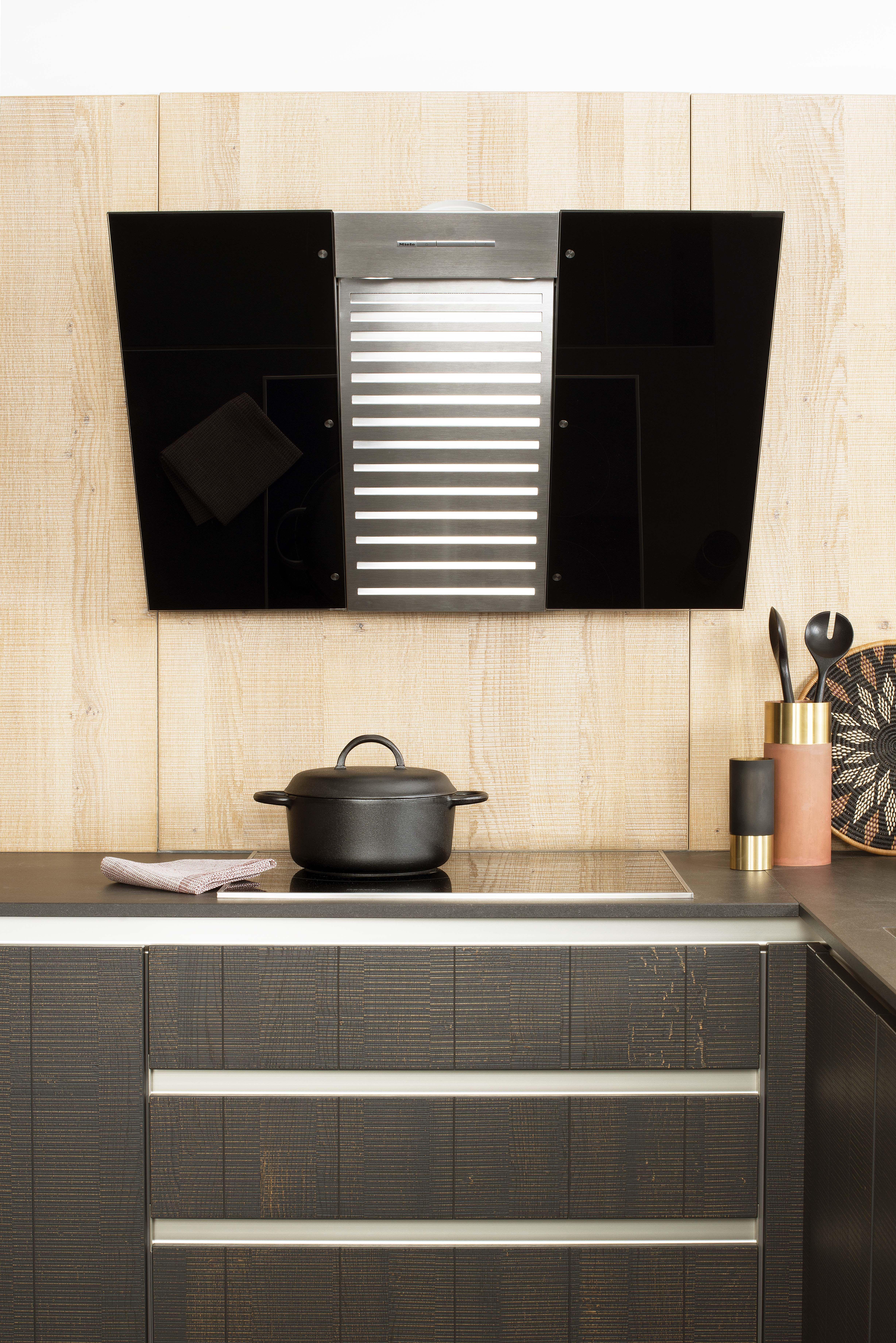 Avalon une cuisine en bois brut de sciage le large - Plan de travail en bois brut ...