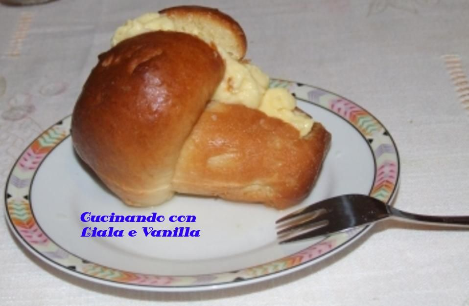 Ricette regionali: Campania- babà  Ricetta => http: // tinyurl.com/kylfw67  #ricette #food