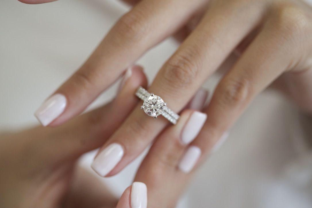 Diamond Engagement Ring1 30 Carat Diamond Engagement Ring Etsy Womens Engagement Rings Beautiful Diamond Rings Ruby Engagement Ring