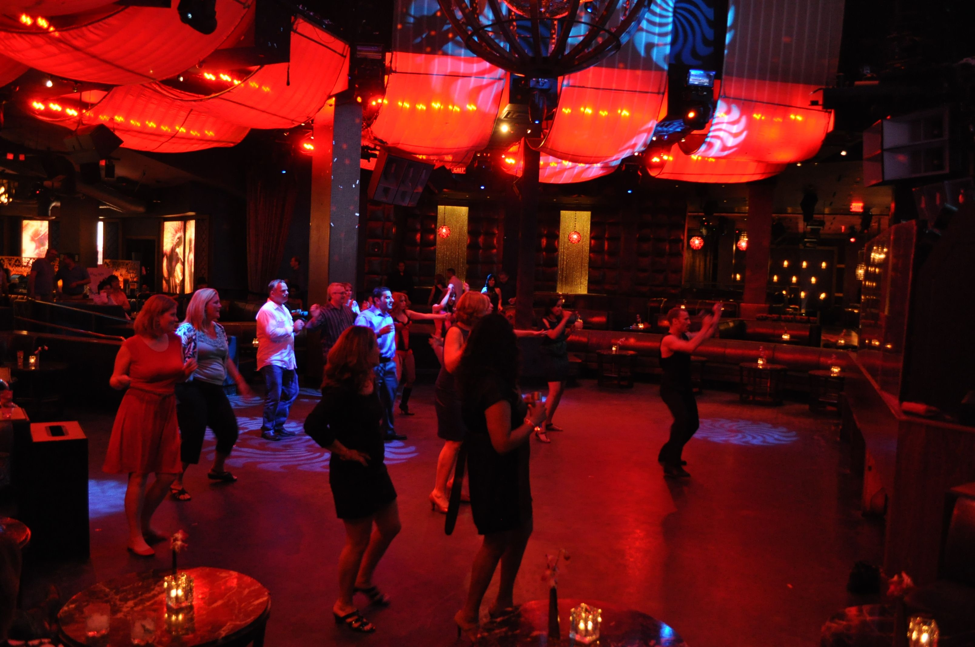 "First ""line dance"" of the evening - Symrise  party in Las Vegas 2012"