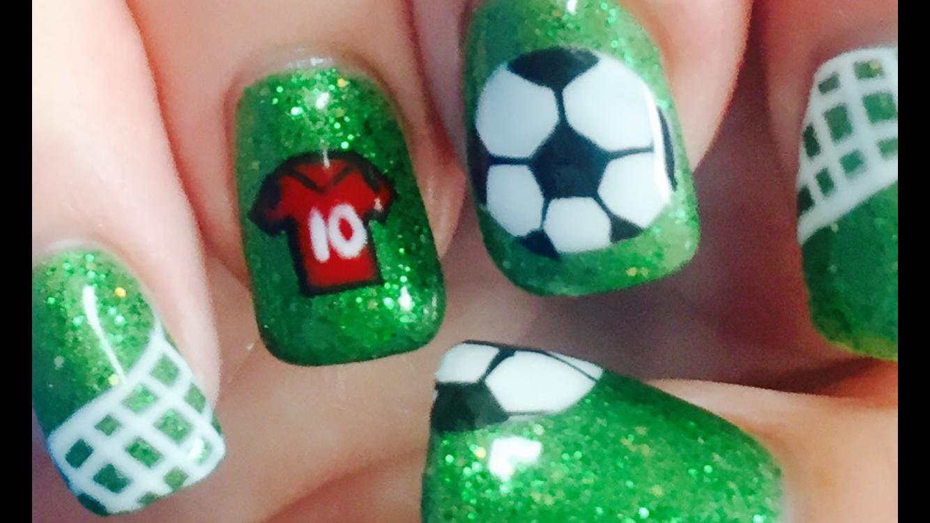 Soccer Mom Extreme Nails! | Nail Designs Lara | Pinterest | Soccer moms