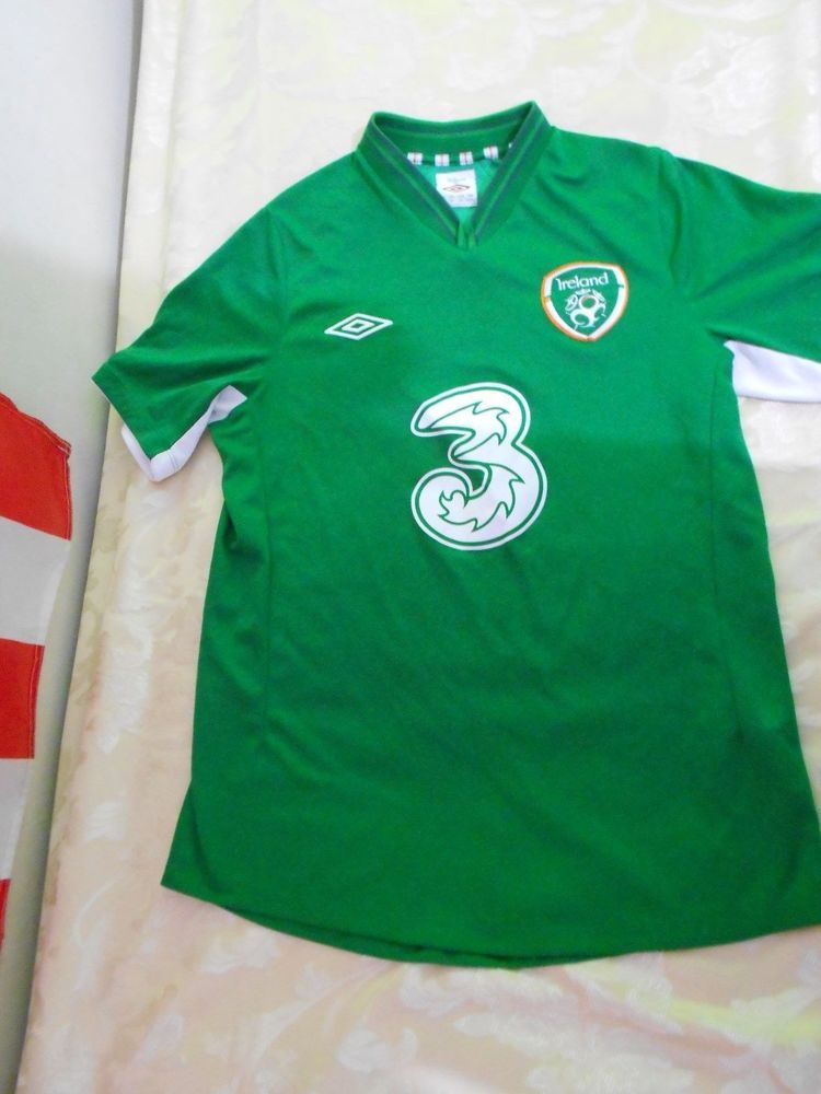 2e70b7f7d0 Umbro Republic of Ireland 12-13 Home Soccer Football Jersey Green Original  M Top #