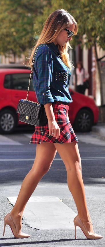 Street style | Studded plaid shirt with short plaid skirt and ...