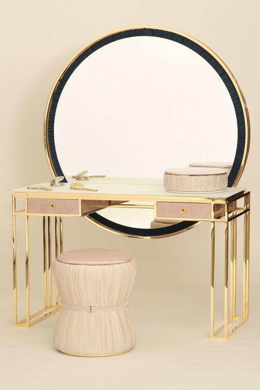 Salone del mobile 2016 e moda camera da letto specchio for Case alla moda