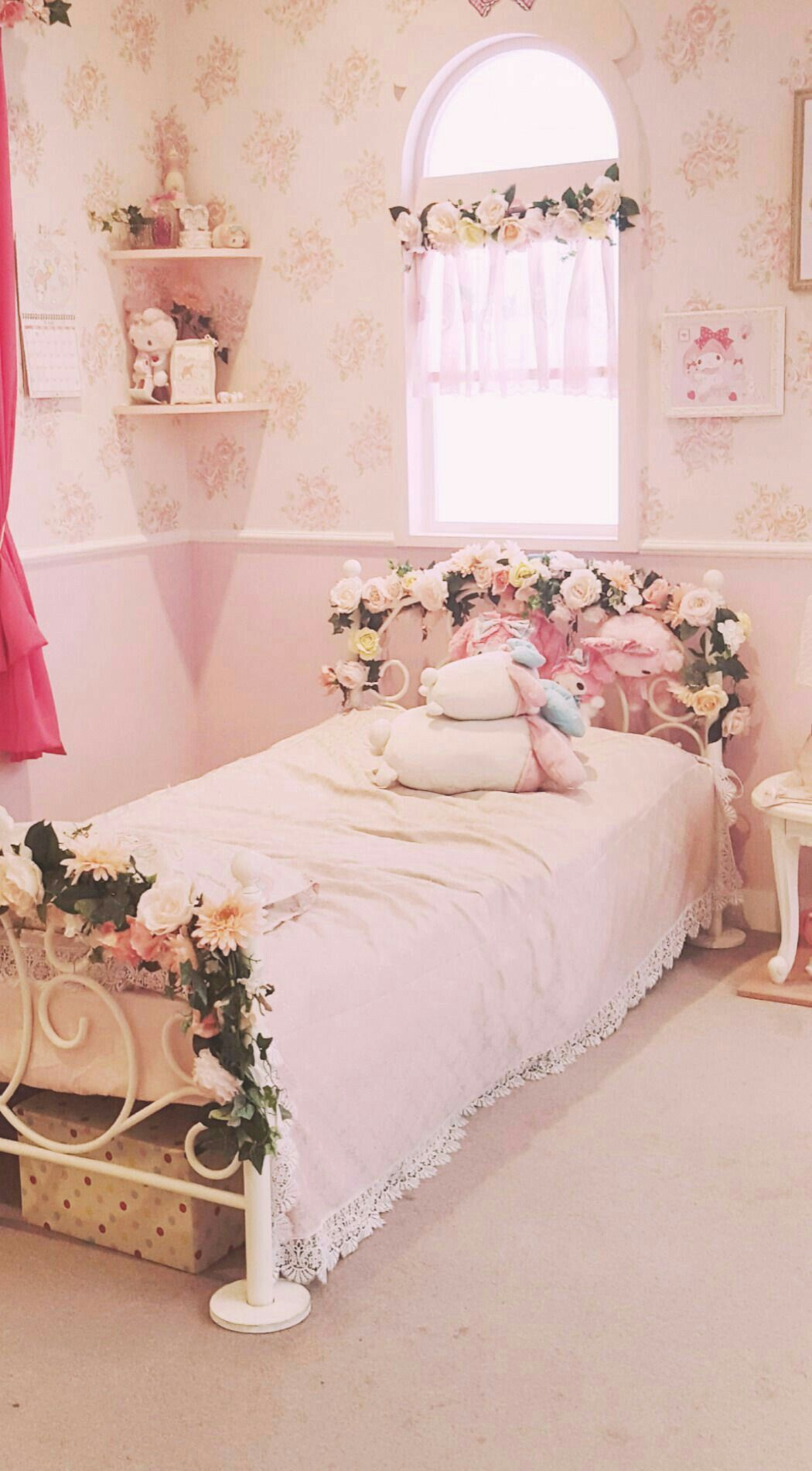 Fairytale Bedroom Discover The Most Exclusive Furniture To Pink Bedroom For Girls Girly Bedroom Girly Room