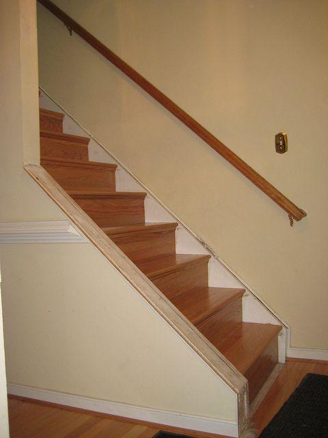 Best Knee Wall Stairs By Crown Molding Via Flickr Diy Stair 640 x 480