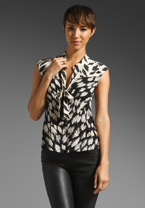 TRACY REESE Falling Leaves Tie Neck Blouse