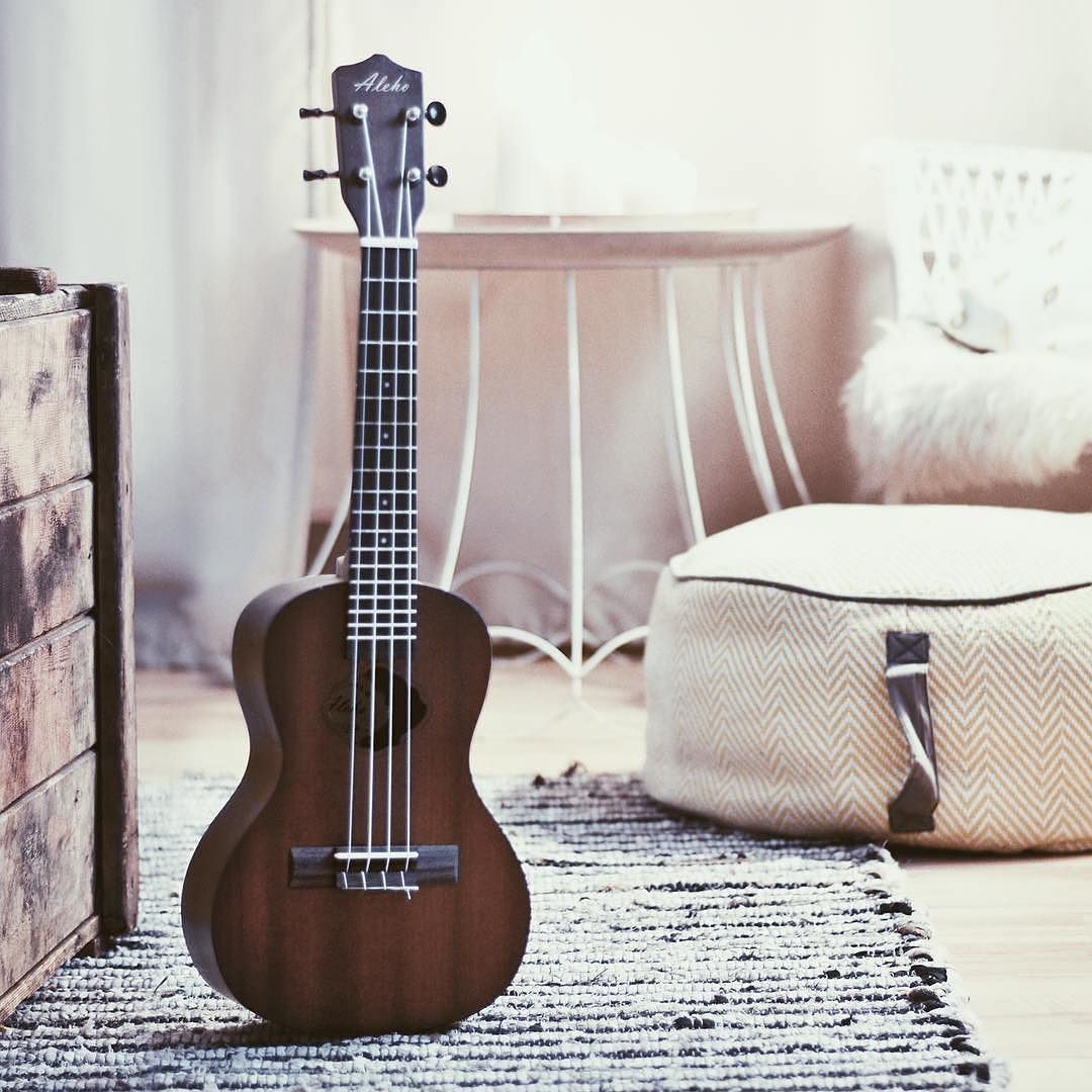 repost wibosaurier willkommen zuhause baby ukulele aleho wunderh bsch guitar ukuleletime. Black Bedroom Furniture Sets. Home Design Ideas