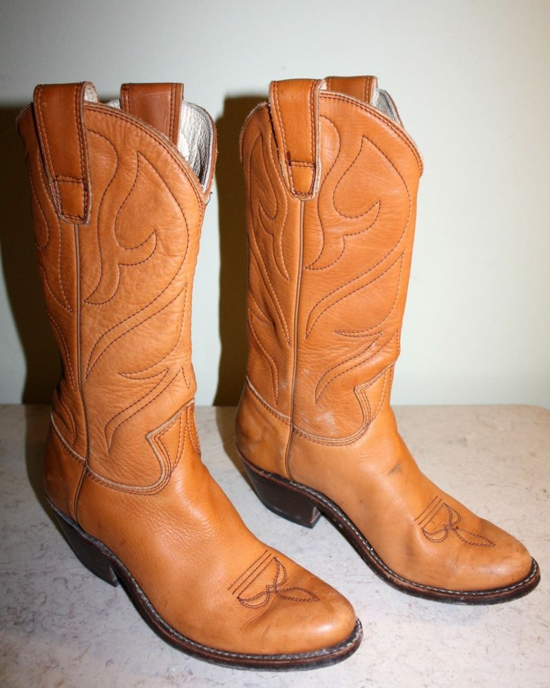 81156e905d232 Stewart Boot Co. light brown leather cowboy/western style boots ...