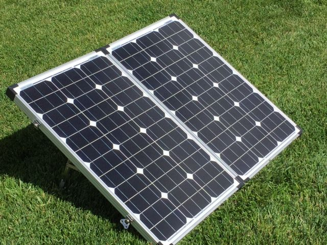 Rv Portable Solar Panel Kit 200 Watt By Zamp Solar Puts Out 11 43 Amps Per Hour With A 15 Amp Waterproof Solar Charge Con Portable Solar Panels Solar Kit Solar