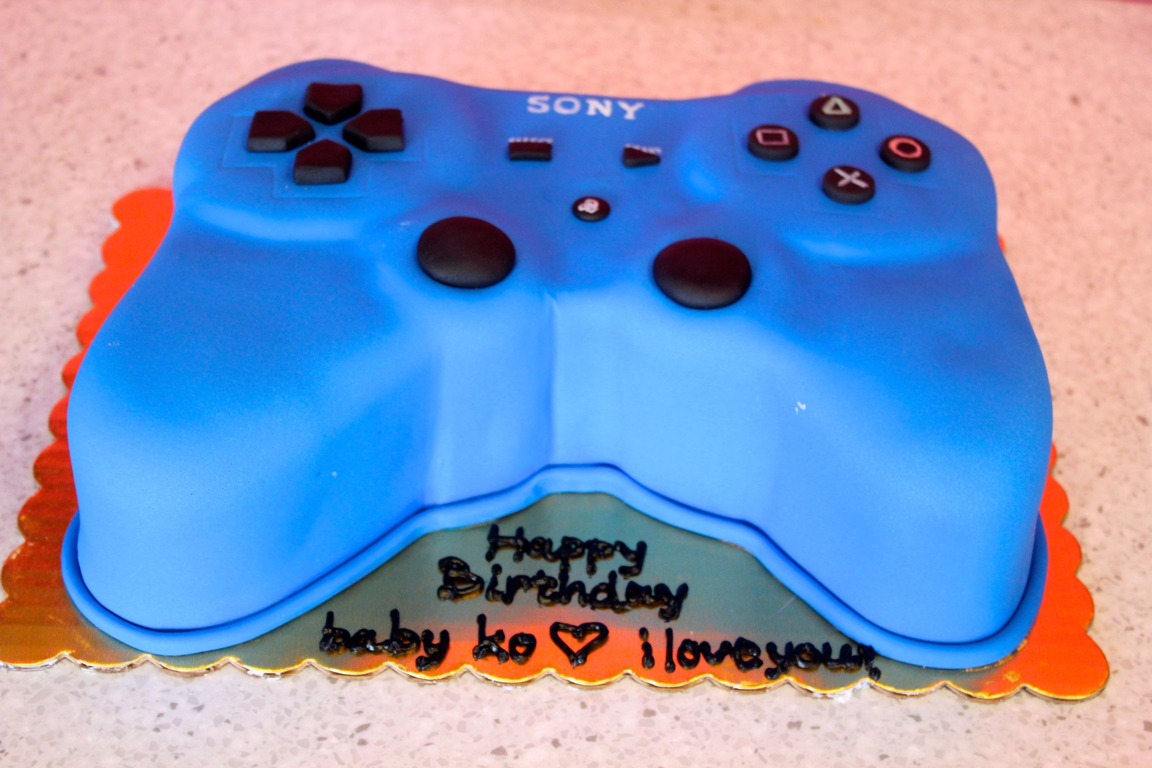 Sony PlayStation Birthday Cake PS4 Controller