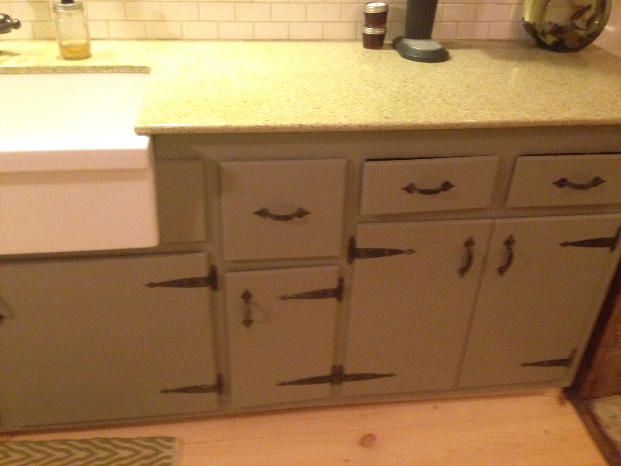 Painting Over Kitchen Cabinets Annie Sloan Chalk Paint In French Linen Over Knotty Pine Kitchen