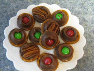 Pretzel Rolo Candy  ~   10 minute Turtles!