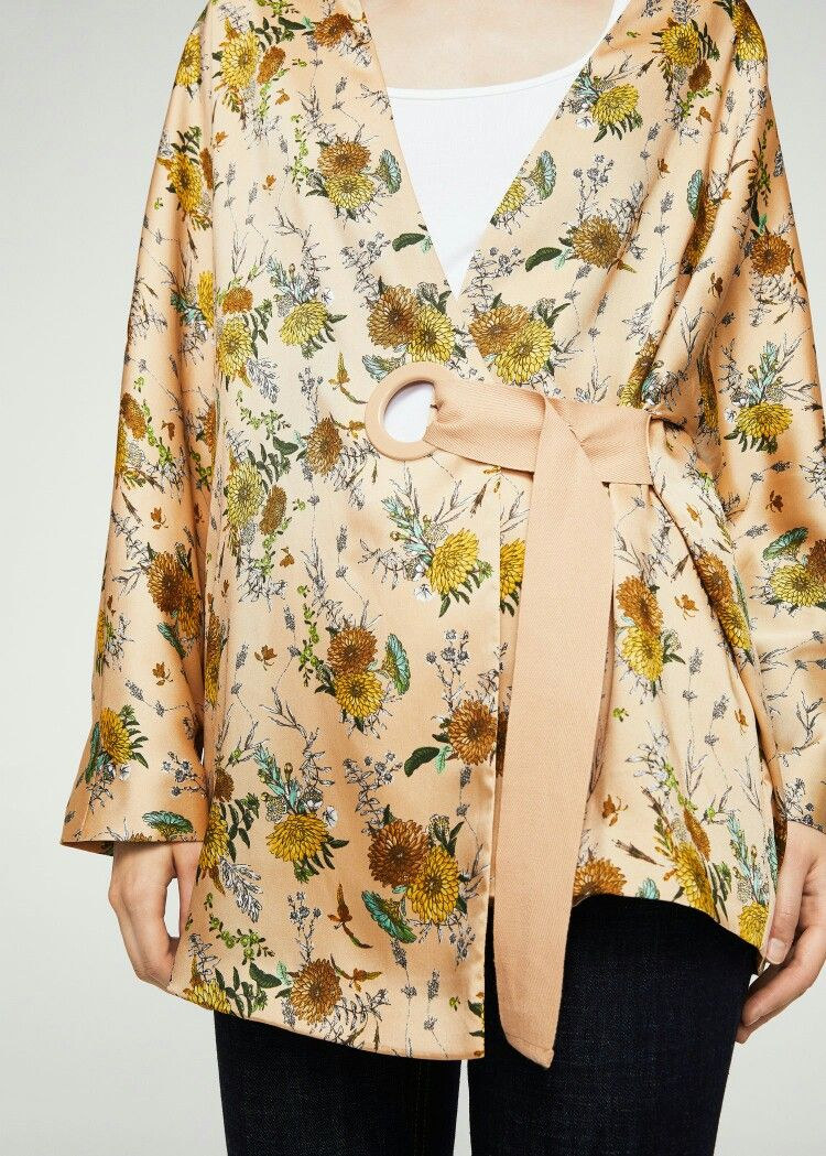 Mitad de precio Productos llega Mango kimono | Floral tops, Floral, Floral prints