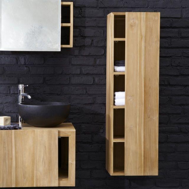 une colonne élégante en bois et un vasque noir dans la salle ...