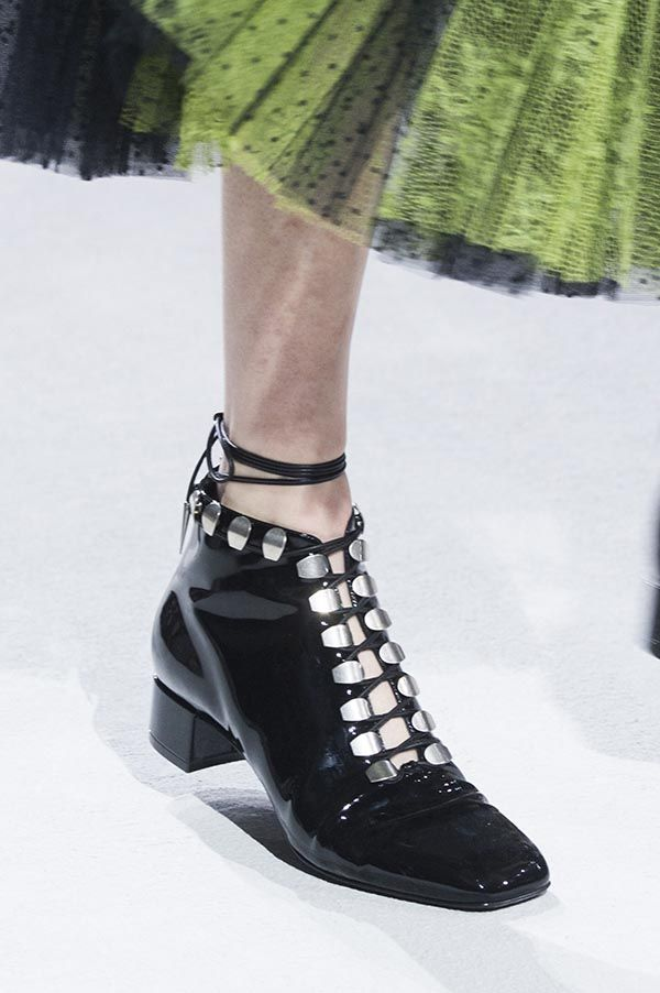Dior Introduced Fishnet Boots On Runway Spring 2018   shoe s   Shoes ... a92095707a7