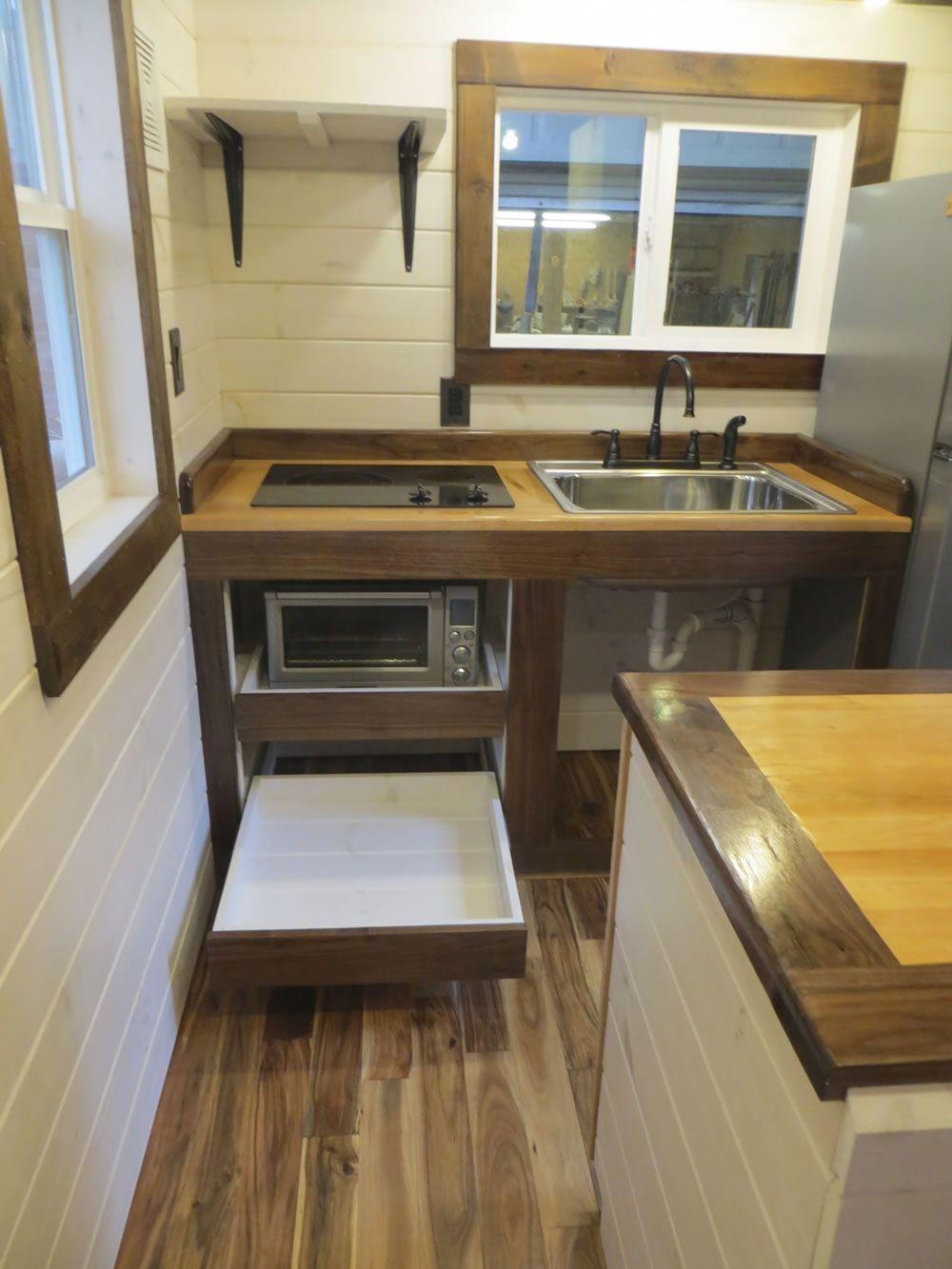 Robins Nest Kitchen-Brevard Tiny House Company | Alternative Housing ...