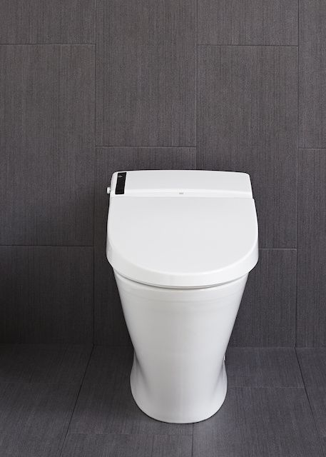 America Has The World S Shittiest Toilets Smart Toilet Bathroom Gadgets Toilet