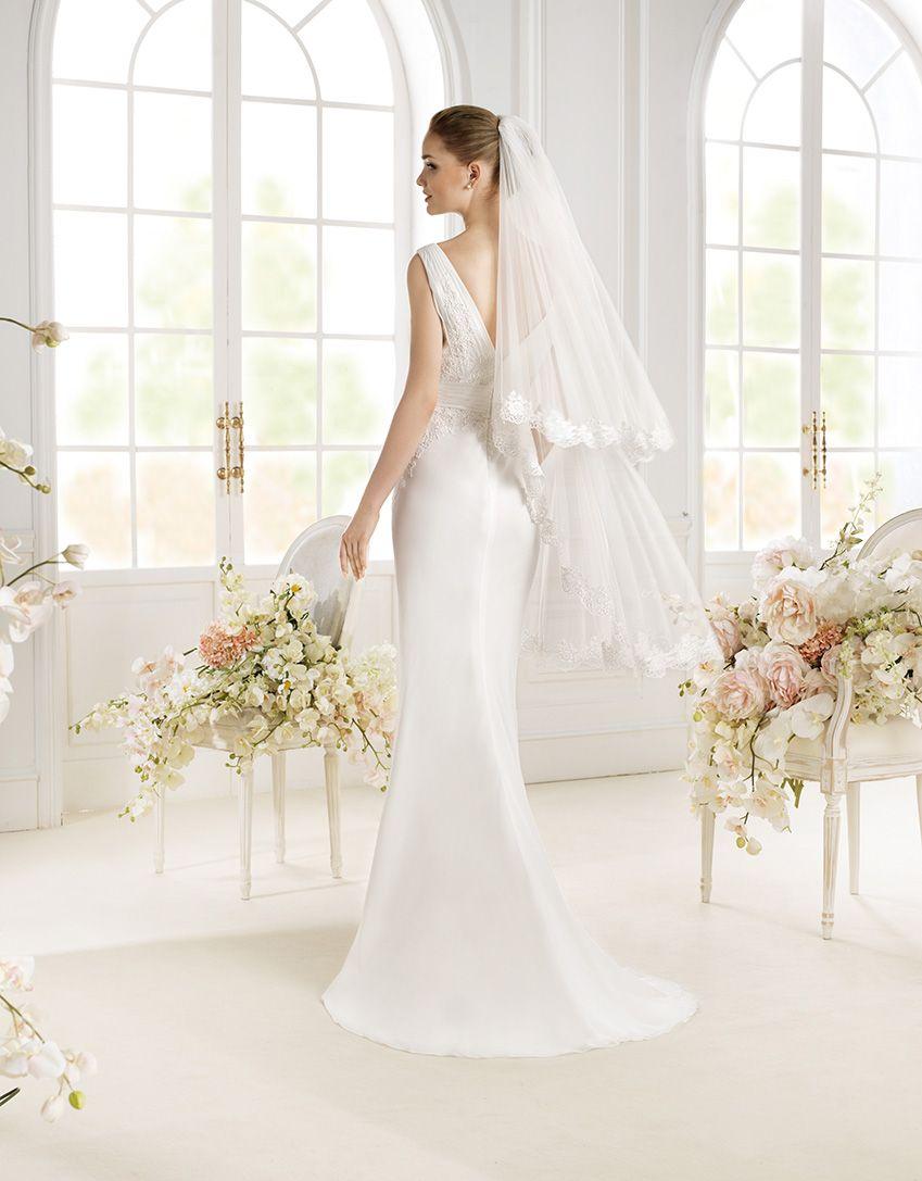 Vestido De Novia Modelo Paddy De Atelier Diagonal 2014 Www Sanpatrickgranada Es Wedding Dresses Wedding Dresses San Antonio Dresses [ 1087 x 849 Pixel ]